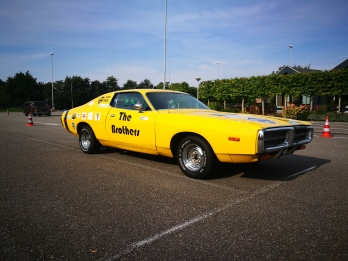 Vrijdag 15 juni: Deze Dodge Charger komt uit 72 en is daarmee familie van de befaamde Dukes of Hazzard wagen