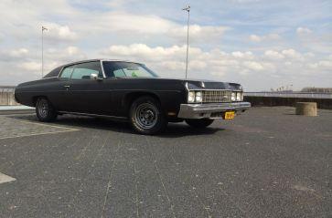 Zaterdag 16 juni: Chevrolet Impala custum coupe uit 1973 (Mat zwart) 5.7 liter small block +/- 220 pk